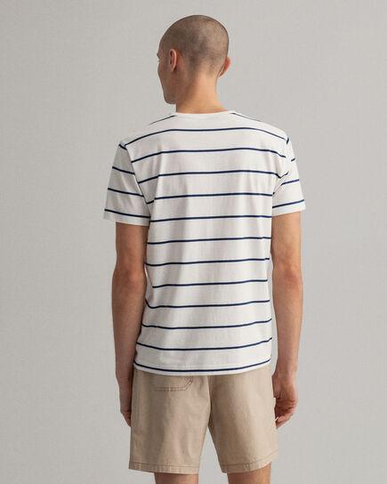 T-shirt à rayures marinières